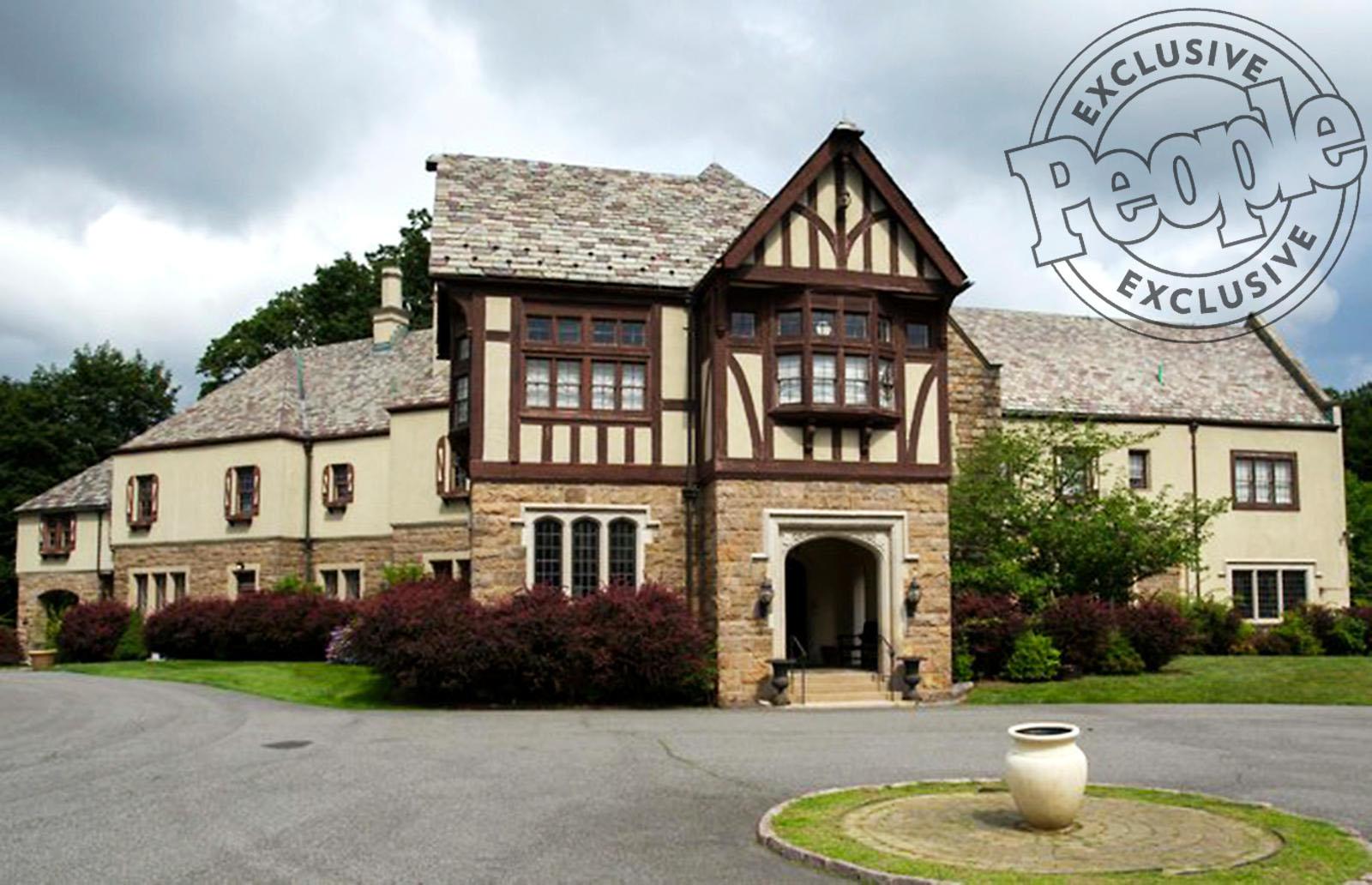 Sunny Hostin Mansion