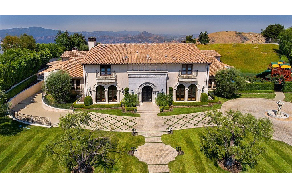 Braxton's Calabasas Mansion