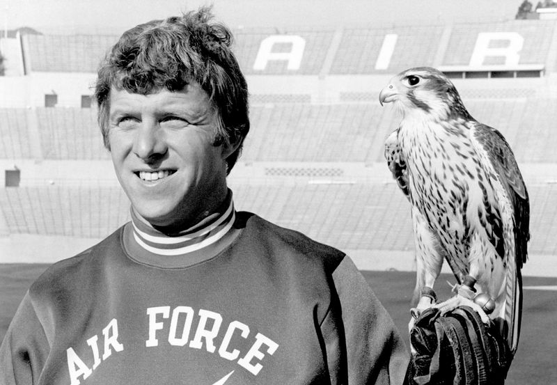 Bill_Parcells_and_Mach_1_the_Falcon