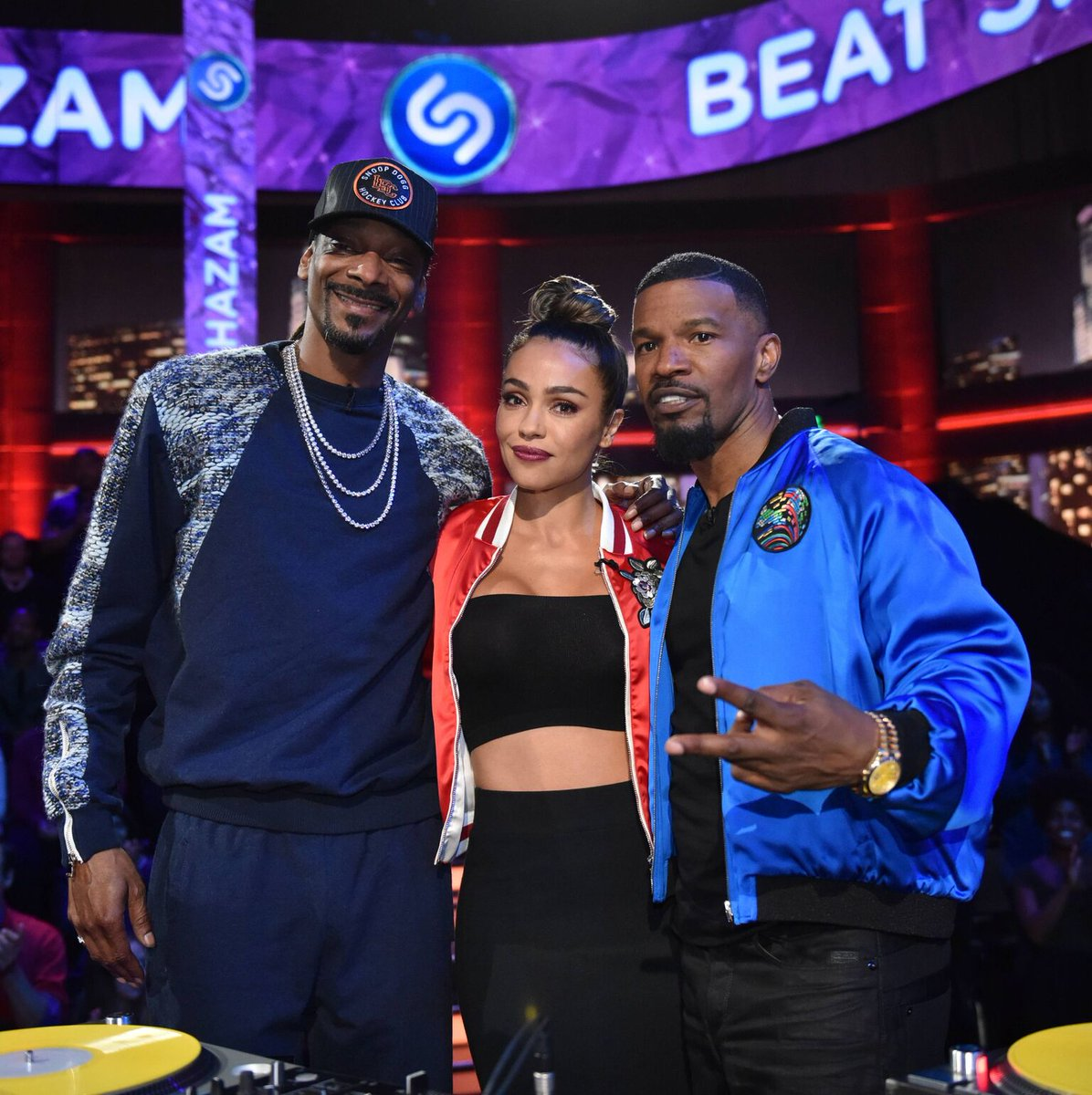 October Gonzalez in the set of Beat Shazam with Snoop Dogg and Jamie Foxx