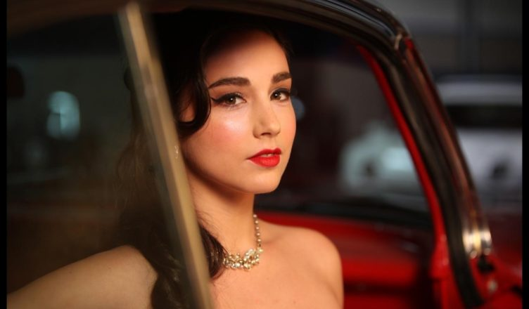 Molly Ephraim, Known as Mandy in Last Man Standing