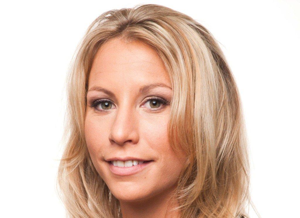 Lyssa Chapman: Engaged to Leiana Evensen, Affairs, Net Worth