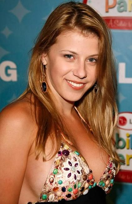 Jodie Sweetin Net Worth Full House Spouse Daughters Movies Tv