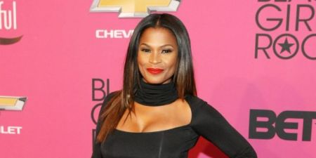 Nia Long is a popular actress, voice actor, music video director, and dancer from the United States.