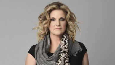 Trisha Yearwood at a public event.