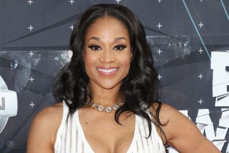 From her aspiring career, Mimi Faust has accumulated a good fortune.