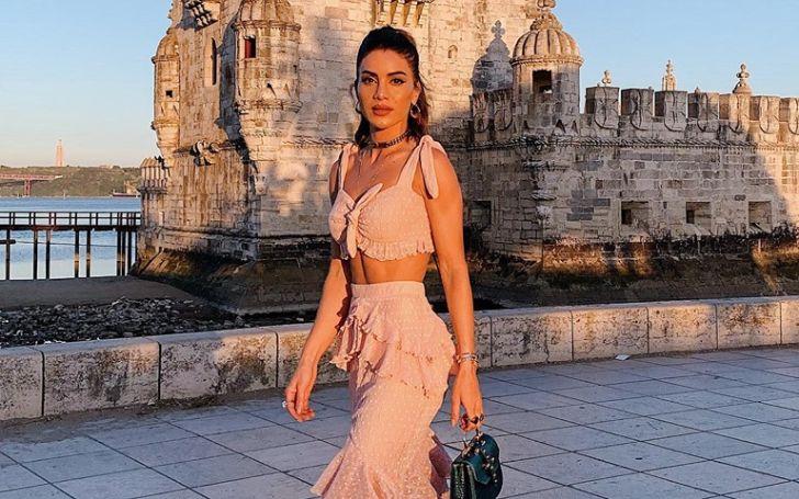 Camila Coelho net worth, salary, income, career earnings