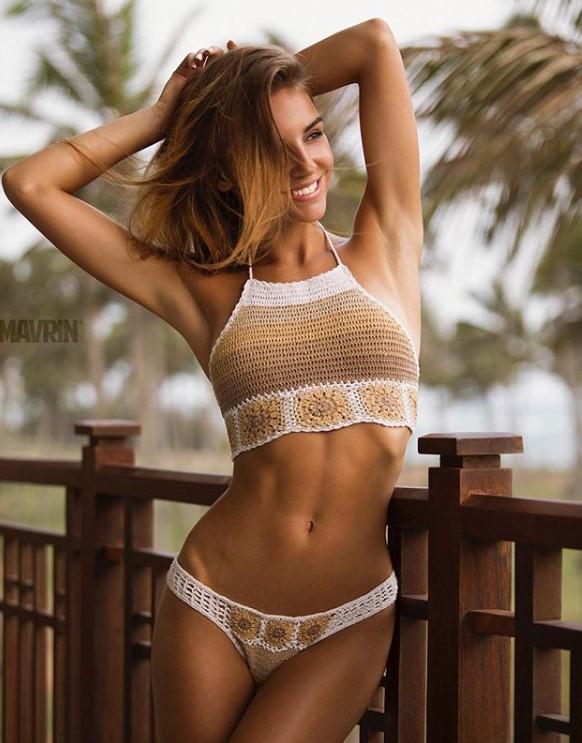 Galina sizzling hot body