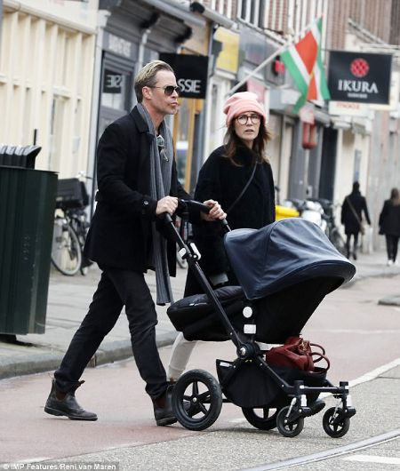 Carice van Houten, husband, son
